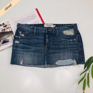 [A&F] Medium Wash Distressed Denim Mini Skirt